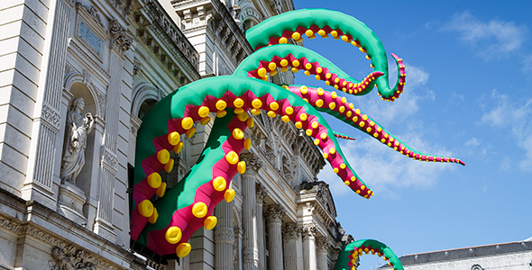 Inflatable octopus tentacles